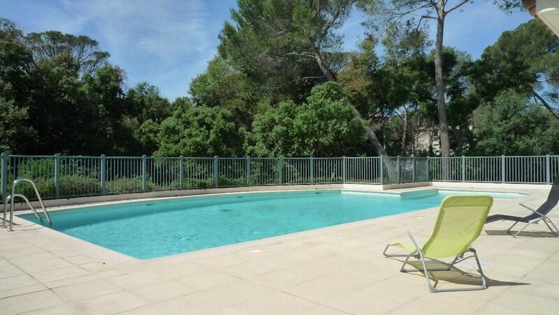 Appartement de 85  m2 - Saint-Raphaël (83700)