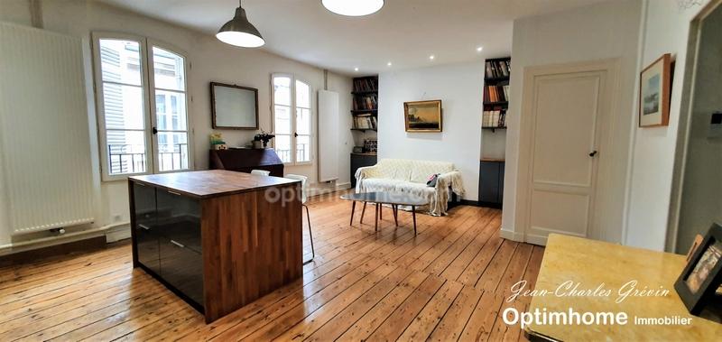 Appartement bourgeois de 80  m2 - Bordeaux (33000)