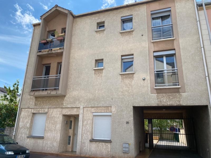 Appartement en résidence de 28  m2 - Tremblay-en-France (93290)