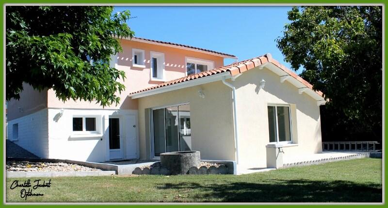 Maison individuelle de 120  m2 - Chalais (16210)