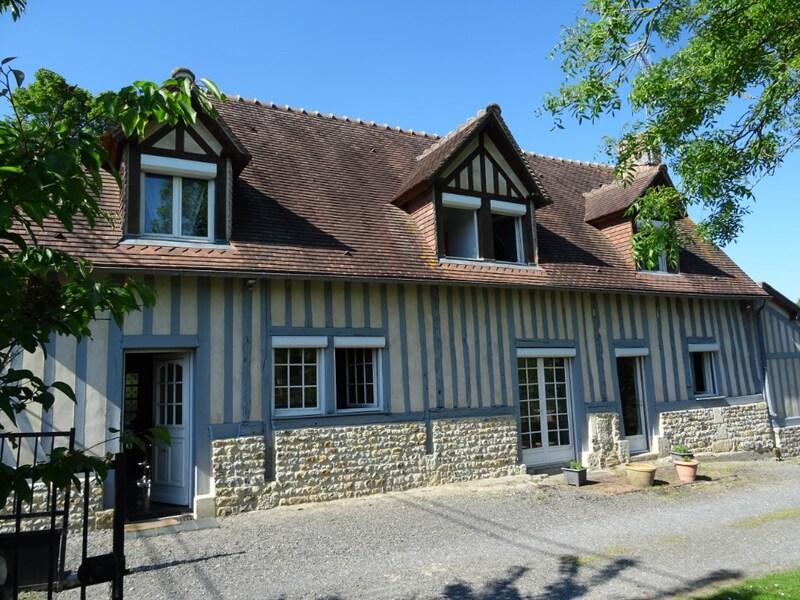 Maison de 151  m2 - Saint-Martin-de-Mailloc (14100)
