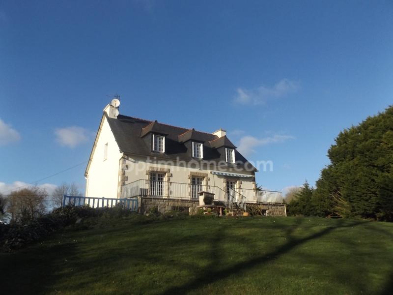 Maison de 155  m2 - Pommerit-le-Vicomte (22200)