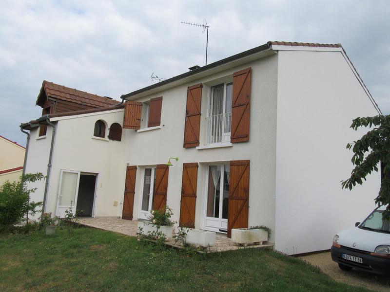 Maison de 118  m2 - Ingrandes (86220)