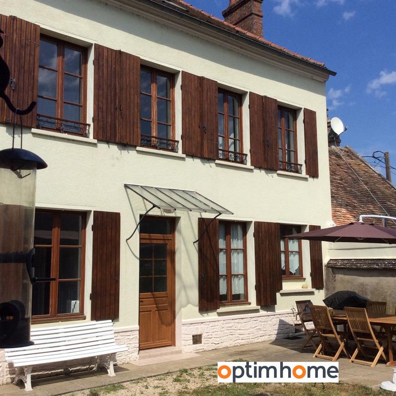 Maison de village de 120  m2 - Montereau-Fault-Yonne (77130)