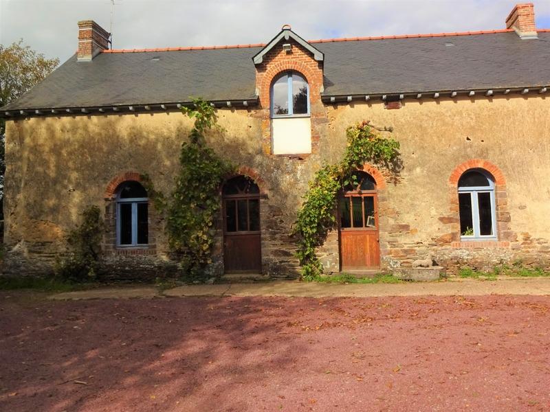 Maison de 175  m2 - Goven (35580)