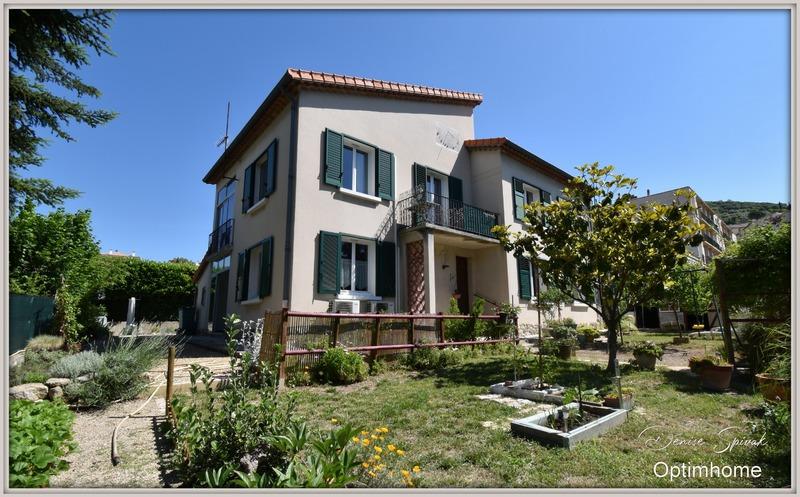 Villa de 178  m2 - Manosque (04100)