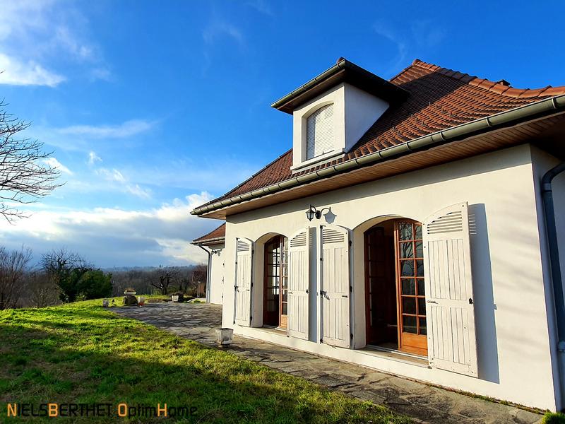 Maison bourgeoise de 230  m2 - Voiron (38500)