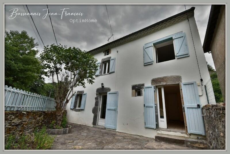 Maison de village de 57  m2 - Blesle (43450)