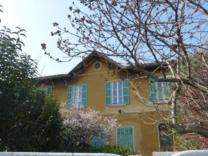 Appartement ancien de 87  m2 - Marseille (13013)