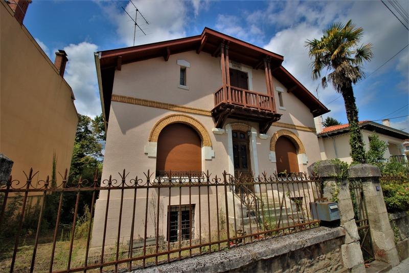Maison bourgeoise de 275  m2 - Dax (40100)