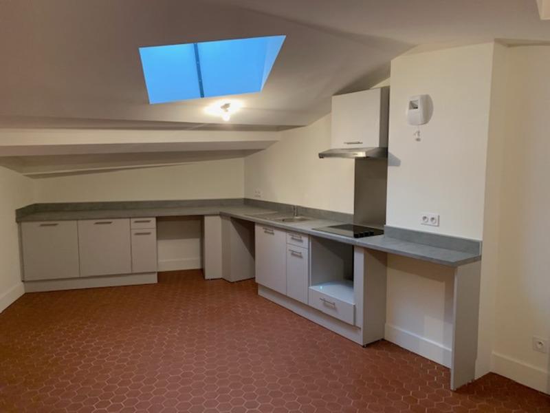 Appartement rénové de 56  m2 - Grasse (06130)