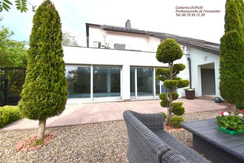 Villa d'architecte de 419  m2 - Saverne (67700)