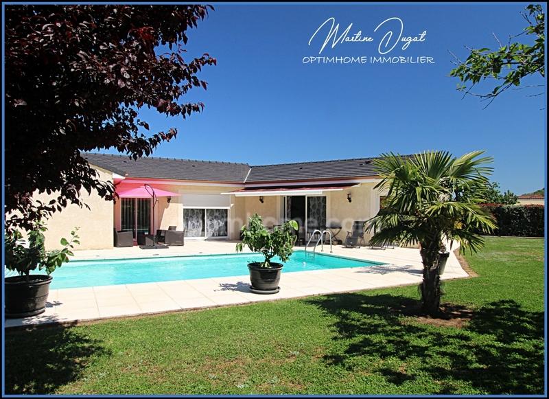 Maison plain-pied de 200  m2 - Saint-Pourçain-sur-Sioule (03500)