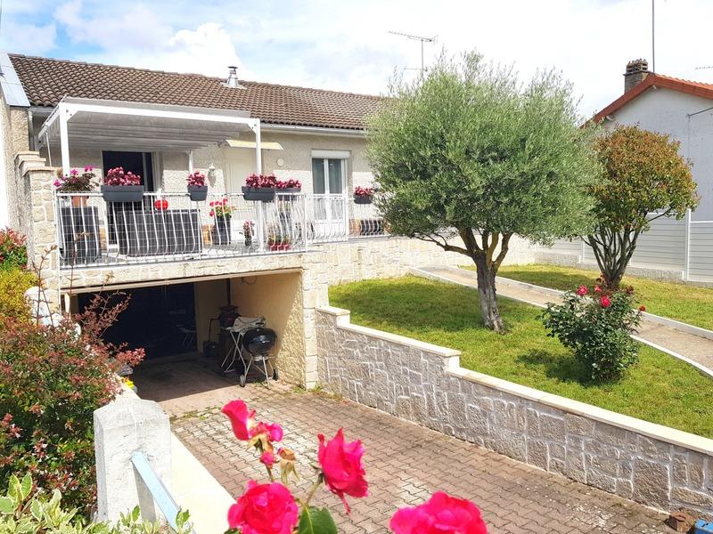 Maison de 120  m2 - Cusset (03300)