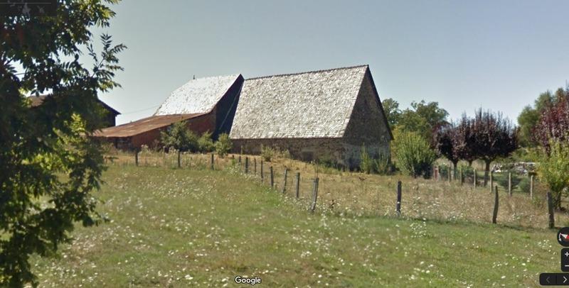 Grange de 340  m2 - Saint-Paul-des-Landes (15250)