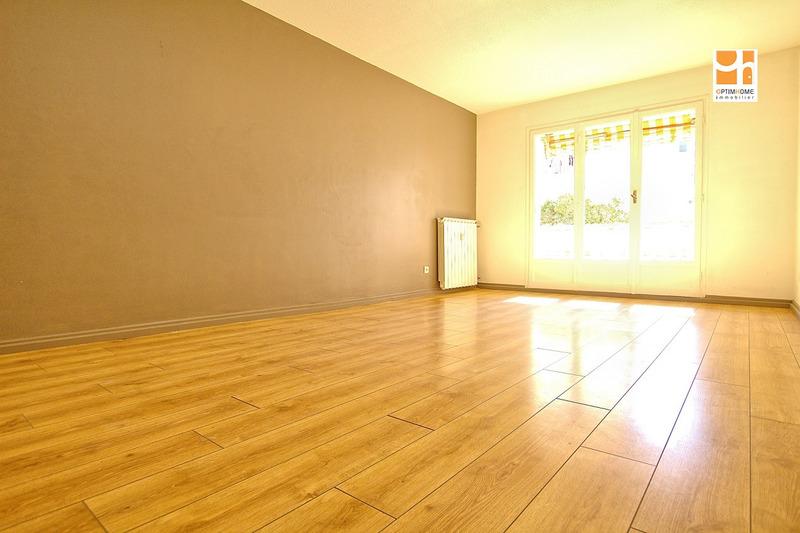 Appartement en résidence de 90  m2 - Saint-Laurent-du-Var (06700)