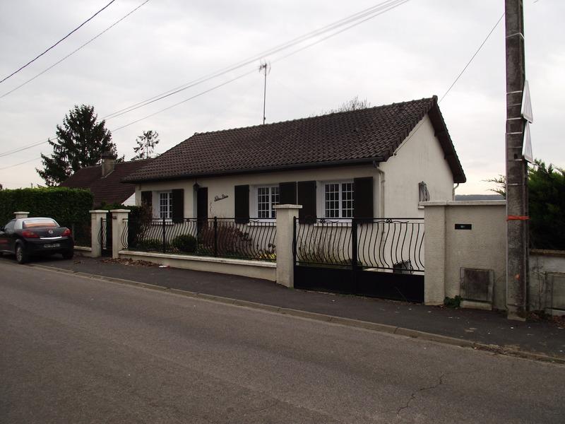 Maison de 82  m2 - Saint-Jean-les-Deux-Jumeaux (77660)