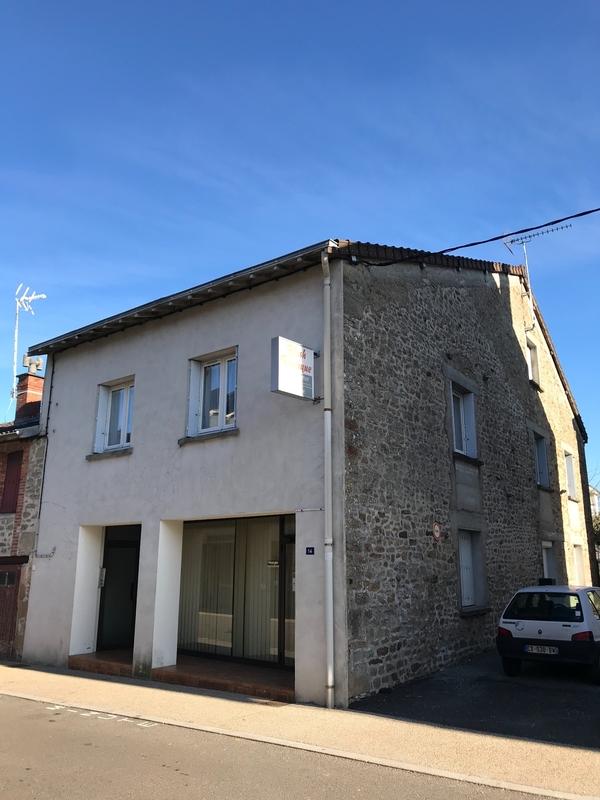 Immeuble de rapport de   m2 - Châteauponsac (87290)