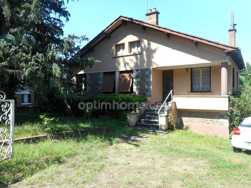Maison de 105  m2 - Firmi (12300)