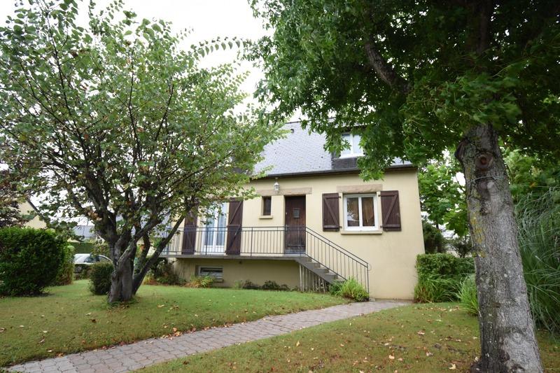 Maison de 111  m2 - Dinard (35800)