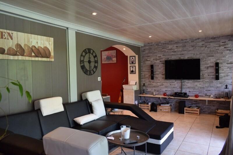 Maison mitoyenne de 110  m2 - Mourenx (64150)