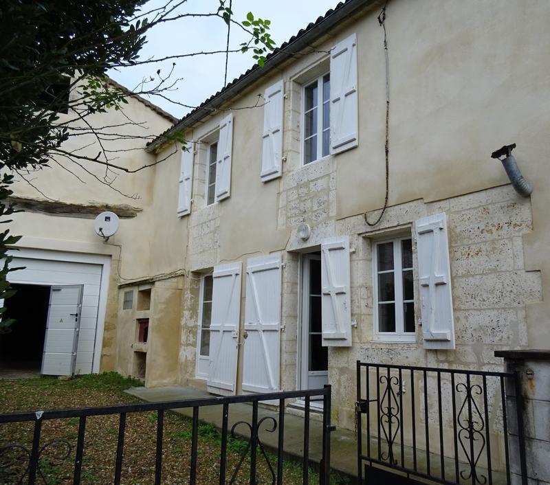 Maison mitoyenne de 87  m2 - Mornac (16600)