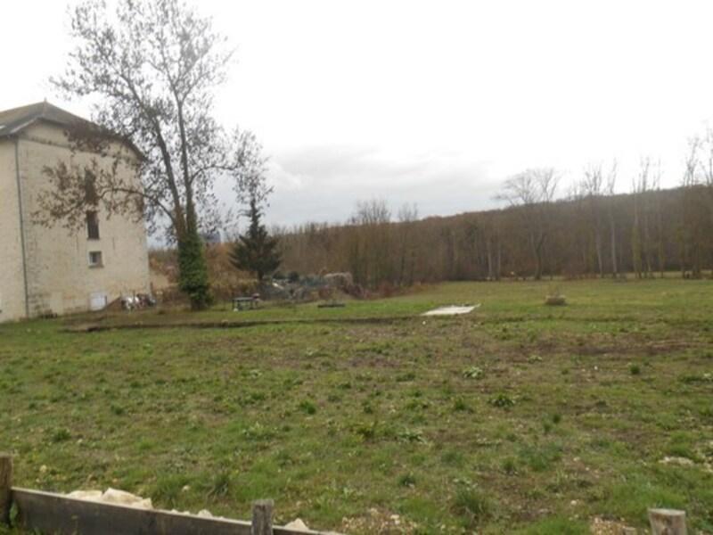 Terrain constructible de   m2 - Vernou-la-Celle-sur-Seine (77670)