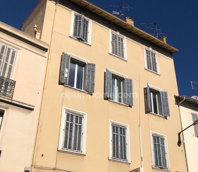 Immeuble de   m2 - Cannes (06400)