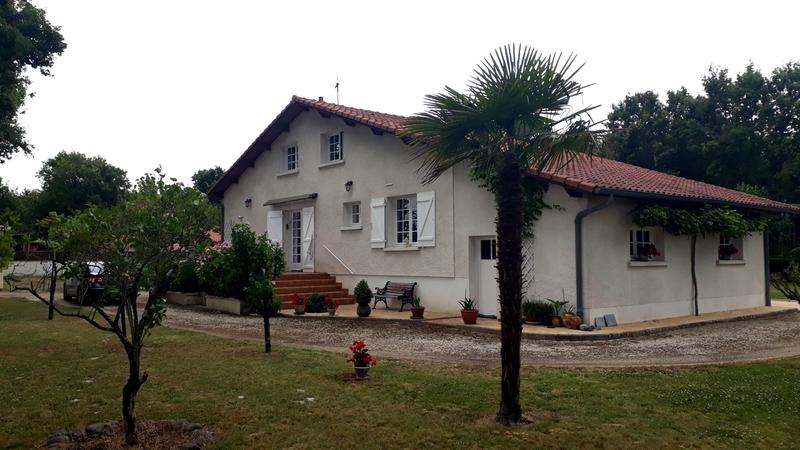 Maison individuelle de 159  m2 - Aire-sur-l'Adour (40800)
