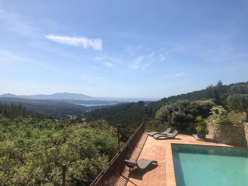 Villa de 290  m2 - La Cadière-d'Azur (83740)