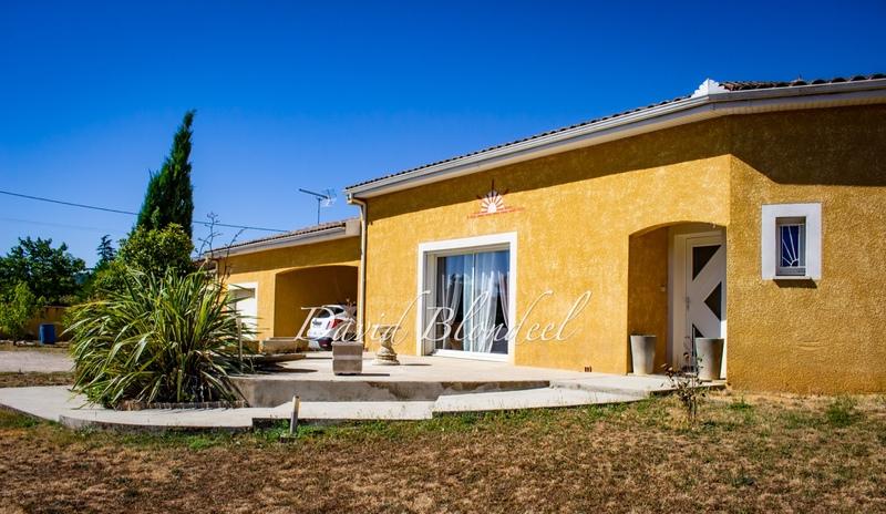 Maison plain-pied de 159  m2 - Graulhet (81300)