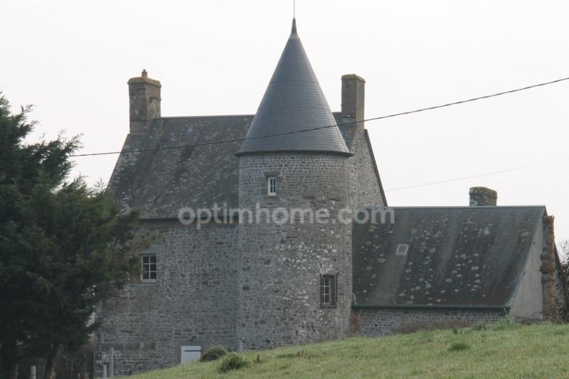Manoir de 150  m2 - Isigny-le-Buat (50540)