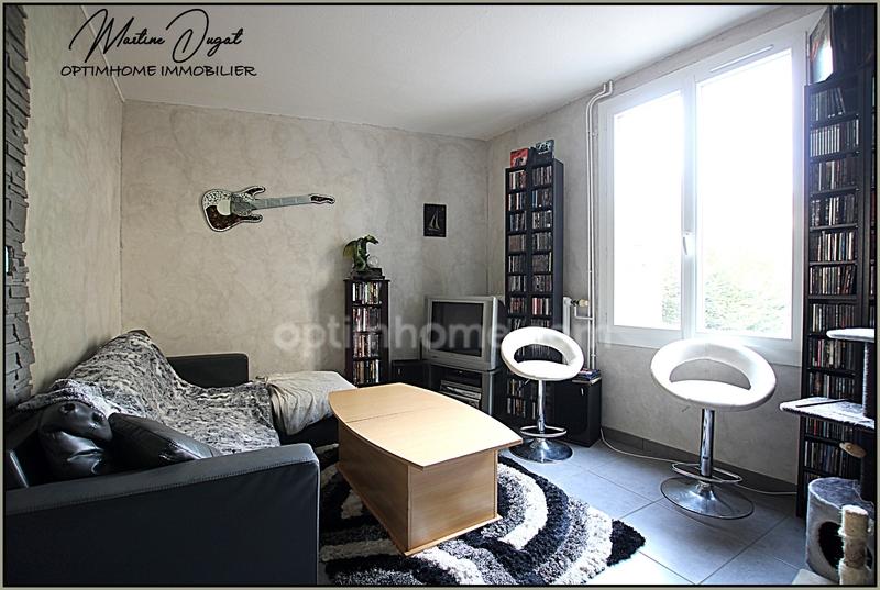 Maison rénovée de 102  m2 - Cusset (03300)