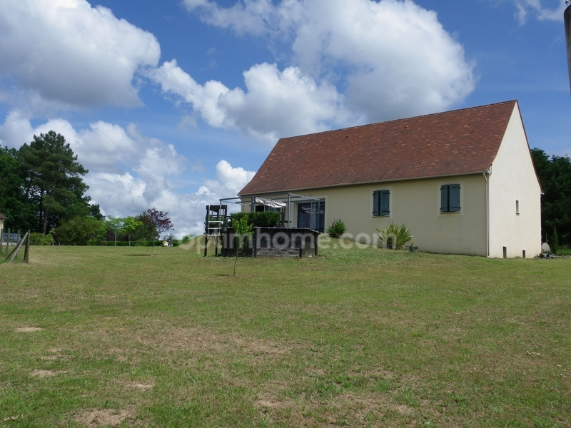 Maison plain-pied de 115  m2 - Vitrac (24200)