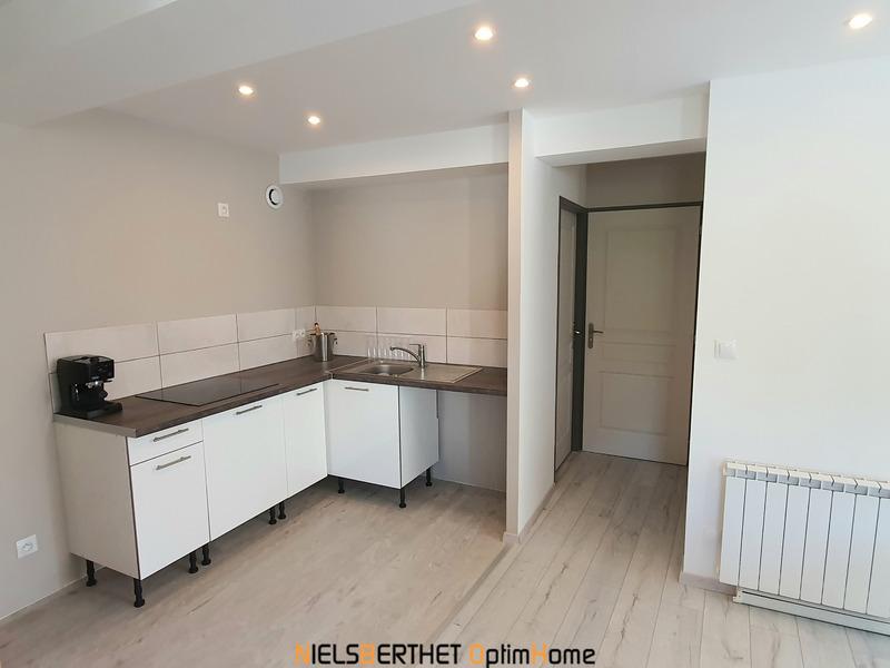Appartement rénové de 50  m2 - Moirans (38430)