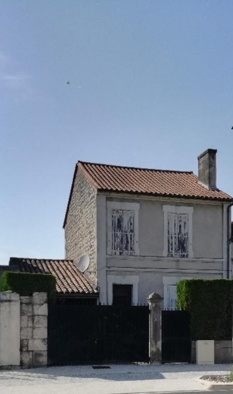 Maison de 130  m2 - Angoulême (16000)