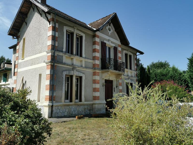 Maison de 180  m2 - Cabanac-et-Villagrains (33650)