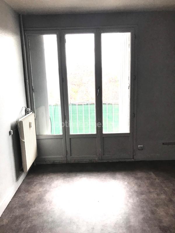 Studio de 13  m2 - Évreux (27000)