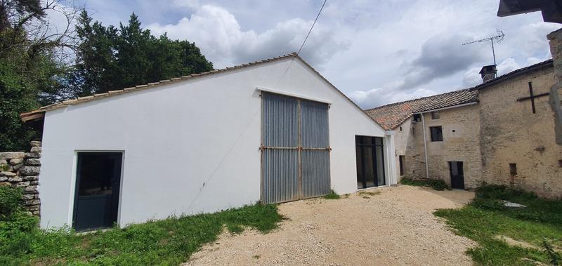 Maison loft de 194  m2 - Saint-Yrieix-sur-Charente (16710)