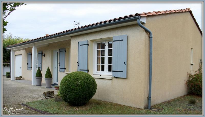 Maison plain-pied de 85  m2 - Aubeterre-sur-Dronne (16390)