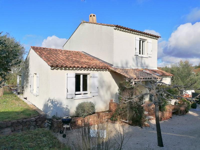 Villa de 105  m2 - Bagnols-en-Forêt (83600)