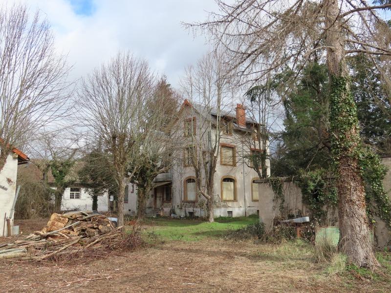 Maison bourgeoise de 350  m2 - Bellerive-sur-Allier (03700)