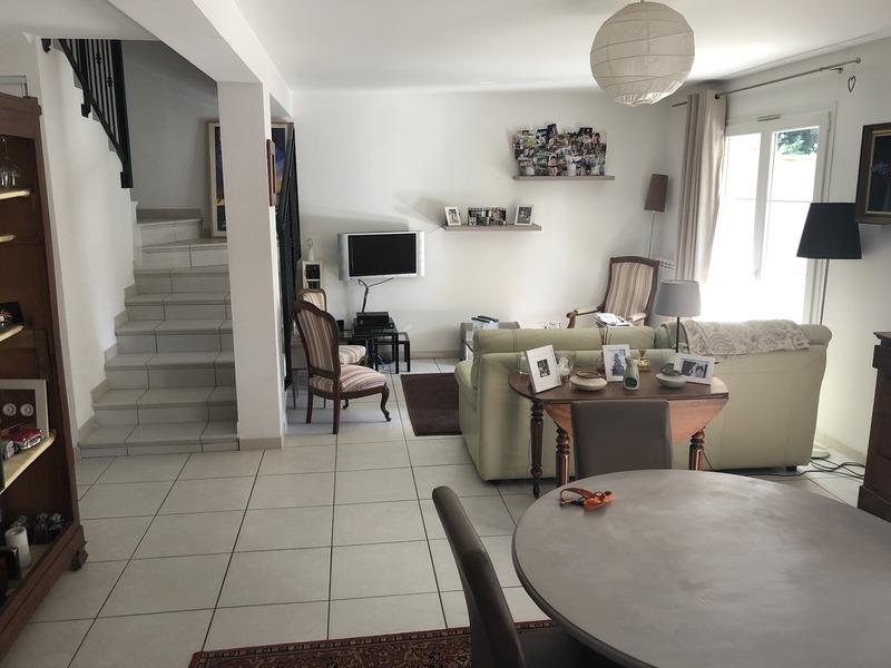 Maison de 105  m2 - Villeneuve-lès-Avignon (30400)