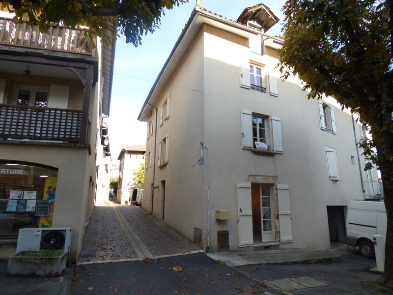 Maison de ville de 81  m2 - Maurs (15600)