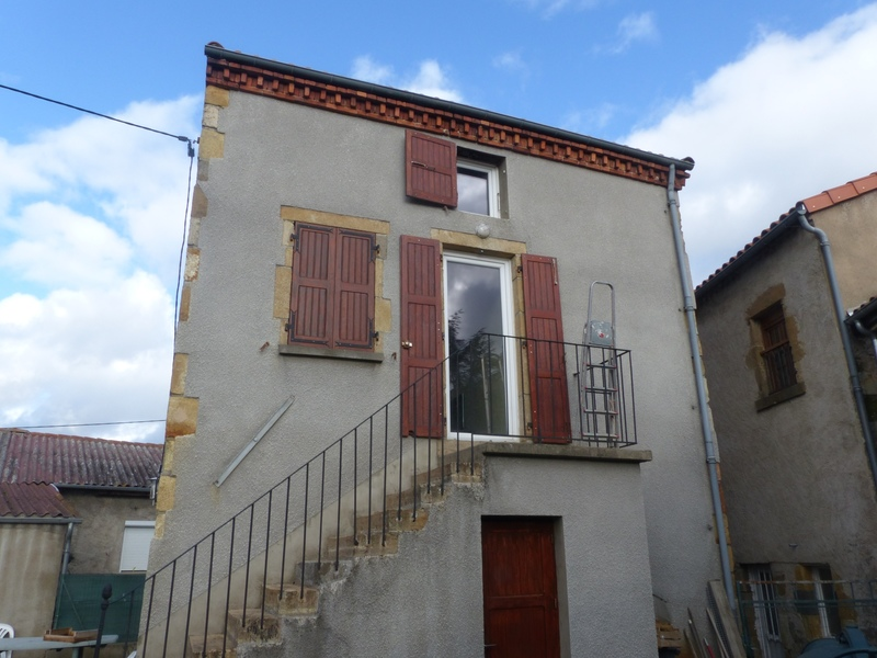 Maison de 52  m2 - Saint-Yvoine (63500)