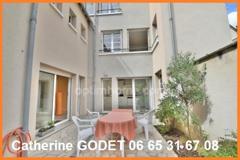 Maison de 250  m2 - Chartres (28000)