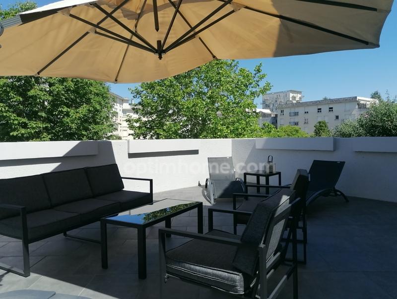 Appartement de 80  m2 - Cergy (95800)