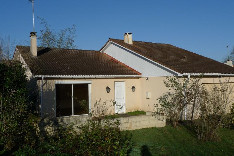 Maison en résidence de 157  m2 - Saint-Saturnin (72650)