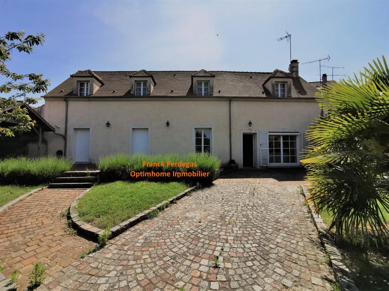 Maison de 214  m2 - Rambouillet (78120)