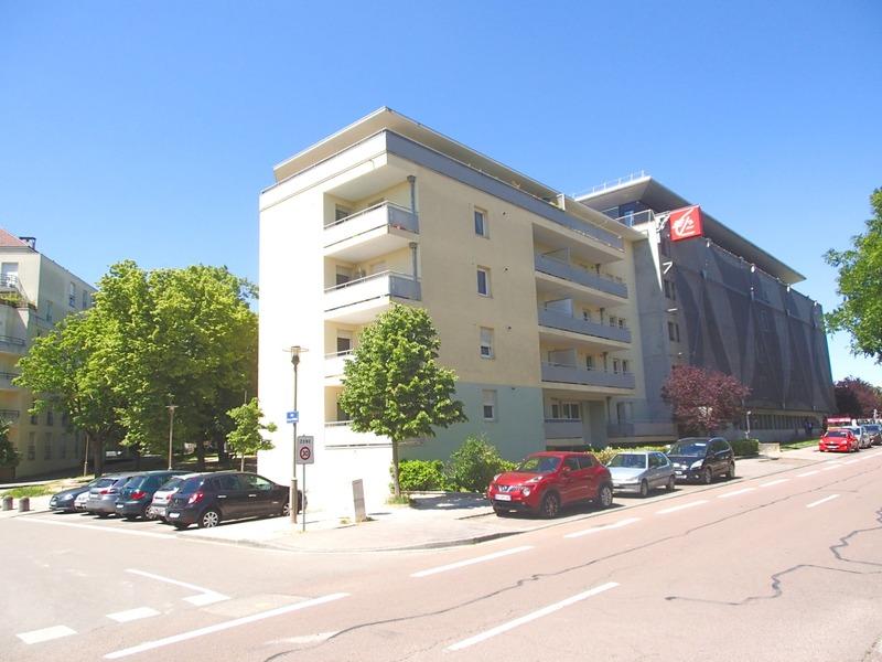 Appartement en résidence de 72  m2 - Dijon (21000)
